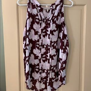 Wine color sleeveless floral blouse